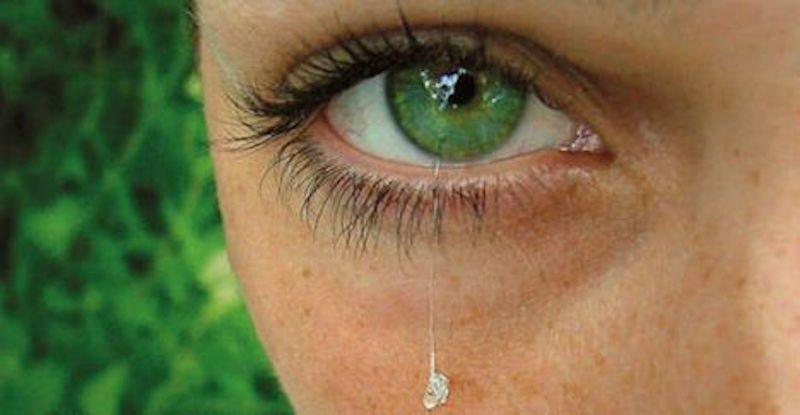 Глазные капли при кератите: купить или приготовить самому?