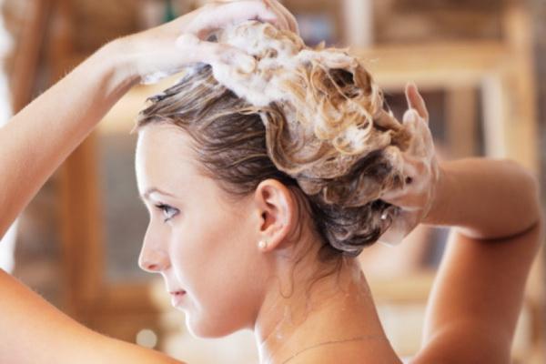 какие можно применять рецепты для укрепления волос девушкам в домашних условиях