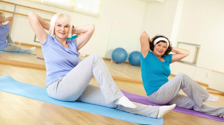 Как устранить живот у женщин после 40-50 лет: диета, тренировки, меню