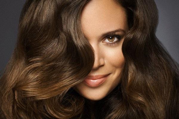 как правильно использовать пудру для волос