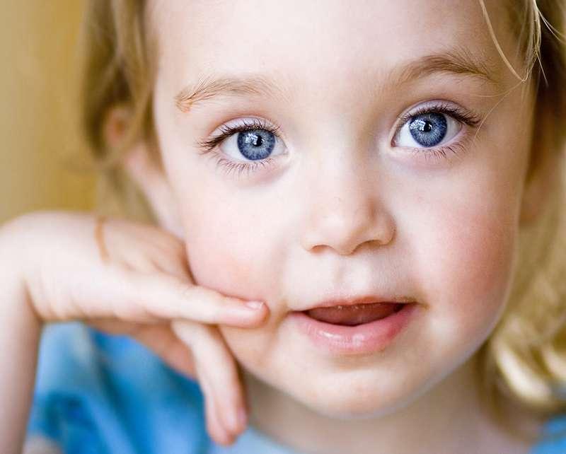Острый конъюнктивит глаз: лечение взрослых и детей