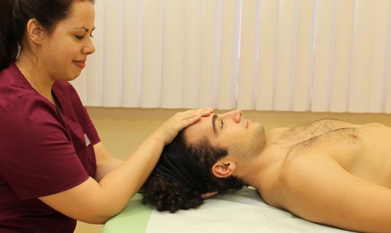 Лечение астигматизма у остеопата