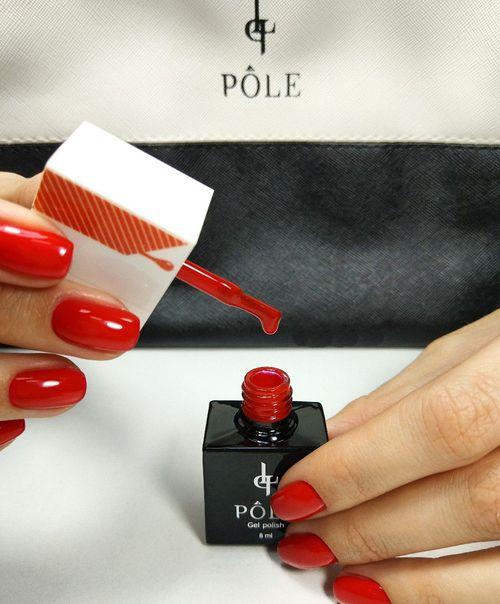 Красный лак Pole