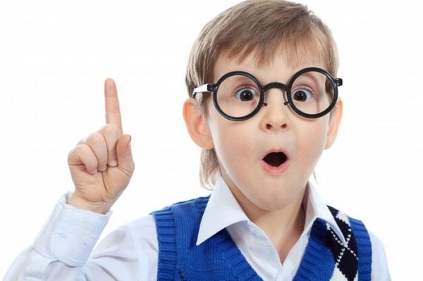 Лучший способ коррекции - очки