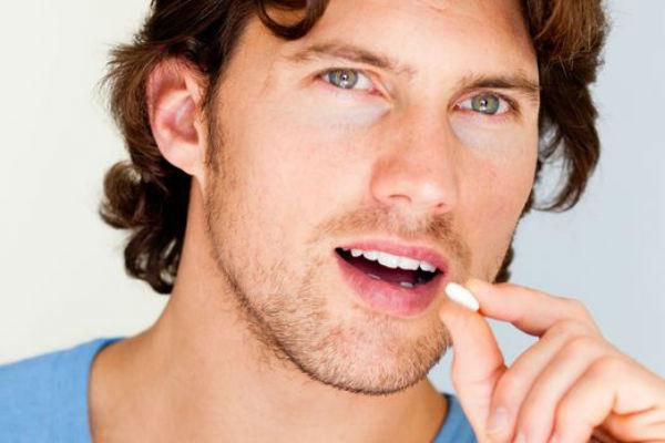 лучшие витаминные препараты от выпадения волос для мужчин