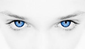 С помощью упражнений можно улучшить зрение и избавиться от болезни