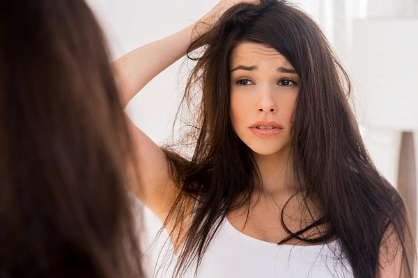 сколько должно выпадать волос в день у женщины
