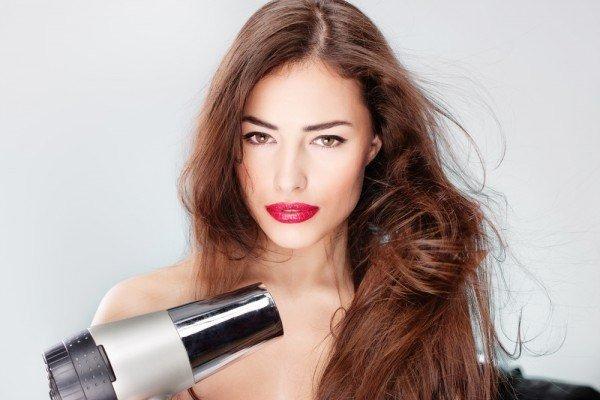 салонная процедура глянцевания волос