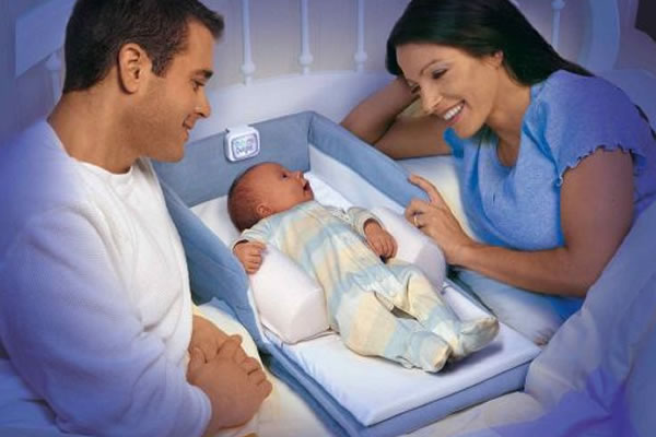 Эмоциональное развитие в 1 месяц жизни ребенка