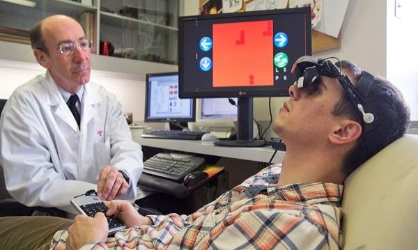 Перед началом терапии окулист проводит комплексную диагностику