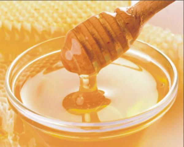 Миска с мёдом