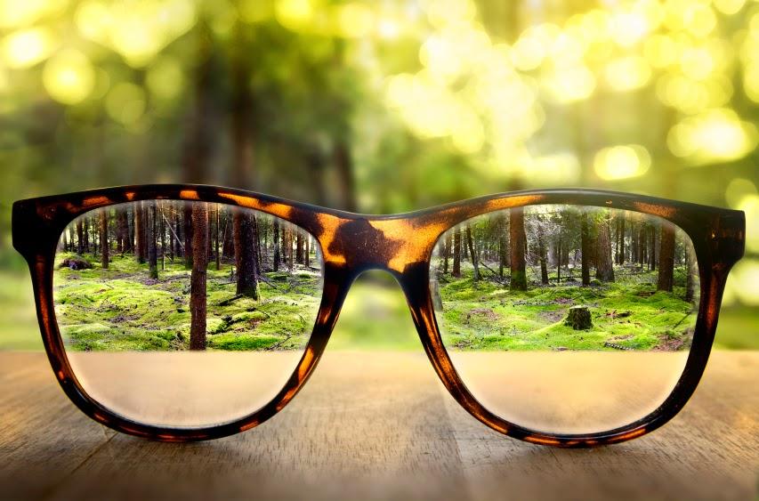 Искажение зрения у астигматика