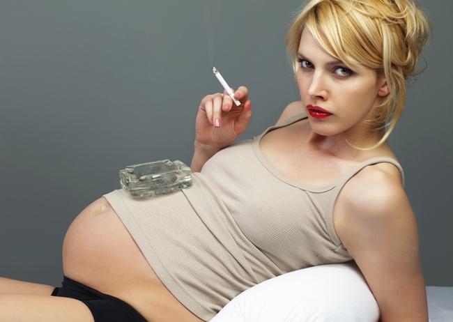 Вредные привычки сказываются на зрении будущего ребенка