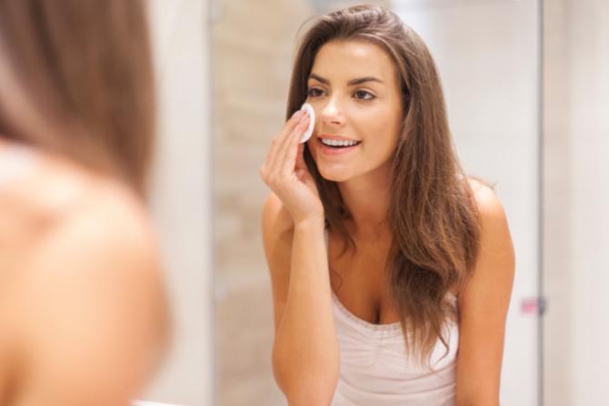 Демодекоз на лице у женщин: фото, лечение