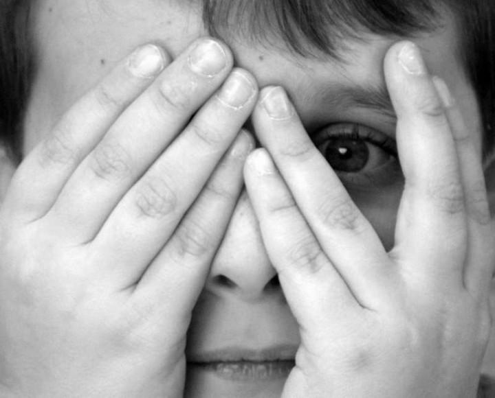Страх будущего провоцирует развитие близорукости