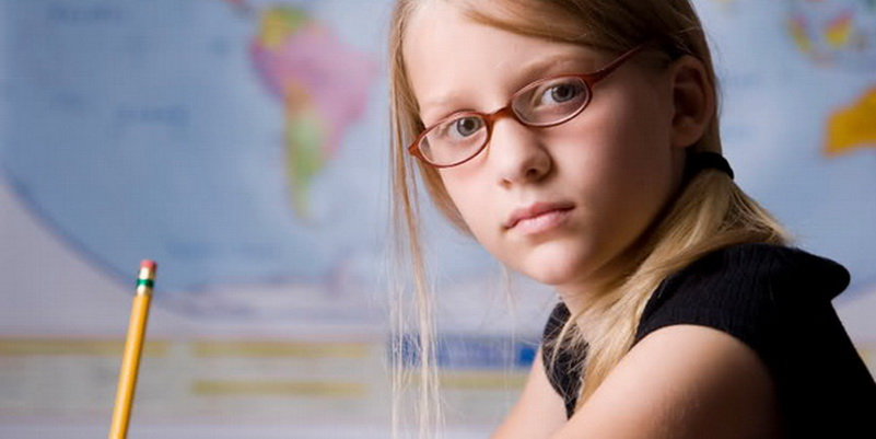 Исправление детской близорукости осуществляется только очками