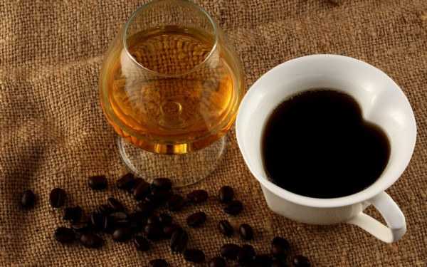 Маска с коньяком и кофе