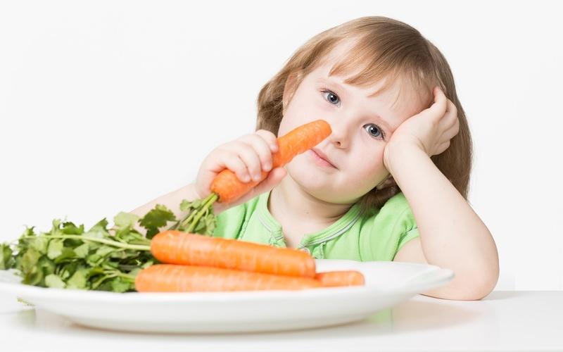 Морковь содержит полезные витамины для глаз