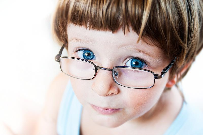 В пятилетнем возрасте можно начинать носить очки