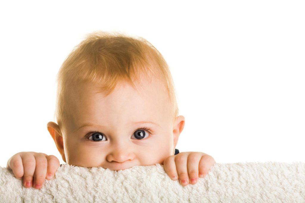 В детстве оптическая система находится в стадии развития