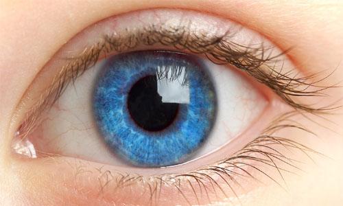 Так выглядит больной глаз