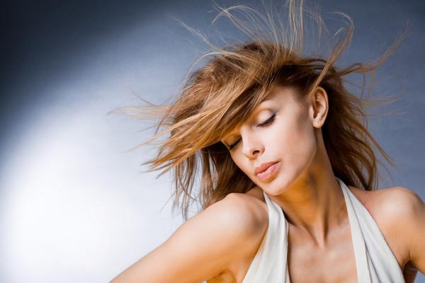 особенности ухода за волосами после химической завивки