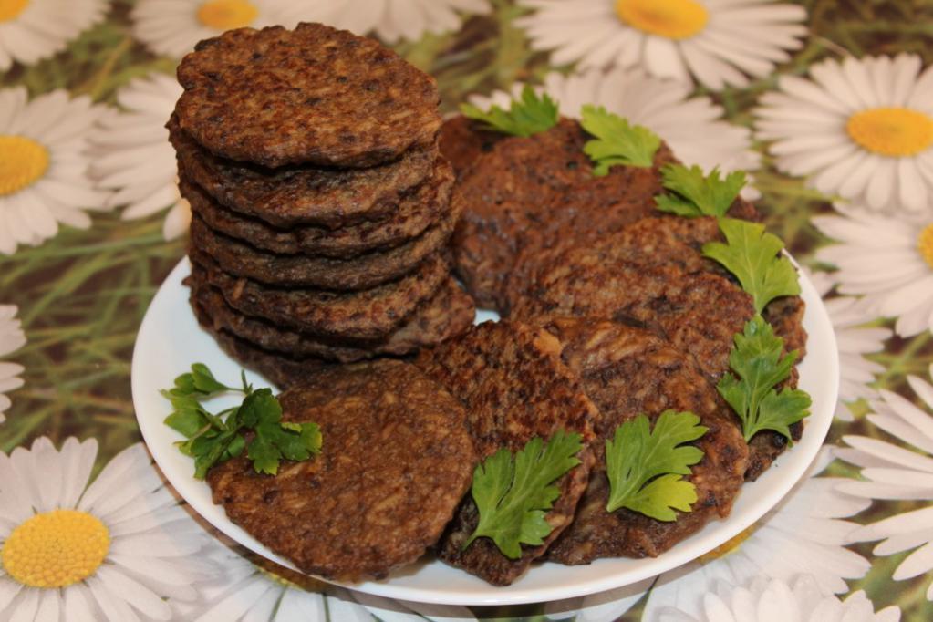 Рецепты печеночных оладий из говяжьей печени