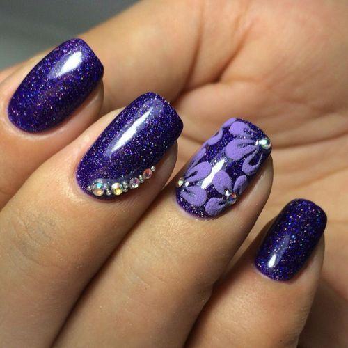 Дизайн ногтей гель-лаком с применением акриловой пудры
