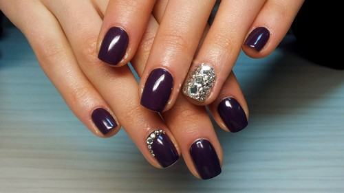 Декор одного пальца серебром