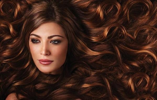 Очень длинные и пышные волосы