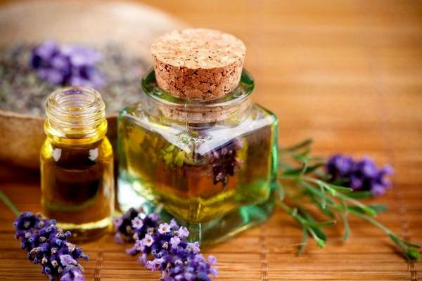 используются ли эфирные масла для создания шампуней