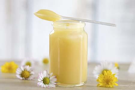 Польза пчелиной перги и маточного молочка