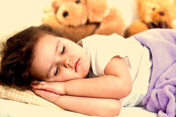 Сколько должен спать ребенок в 2 года