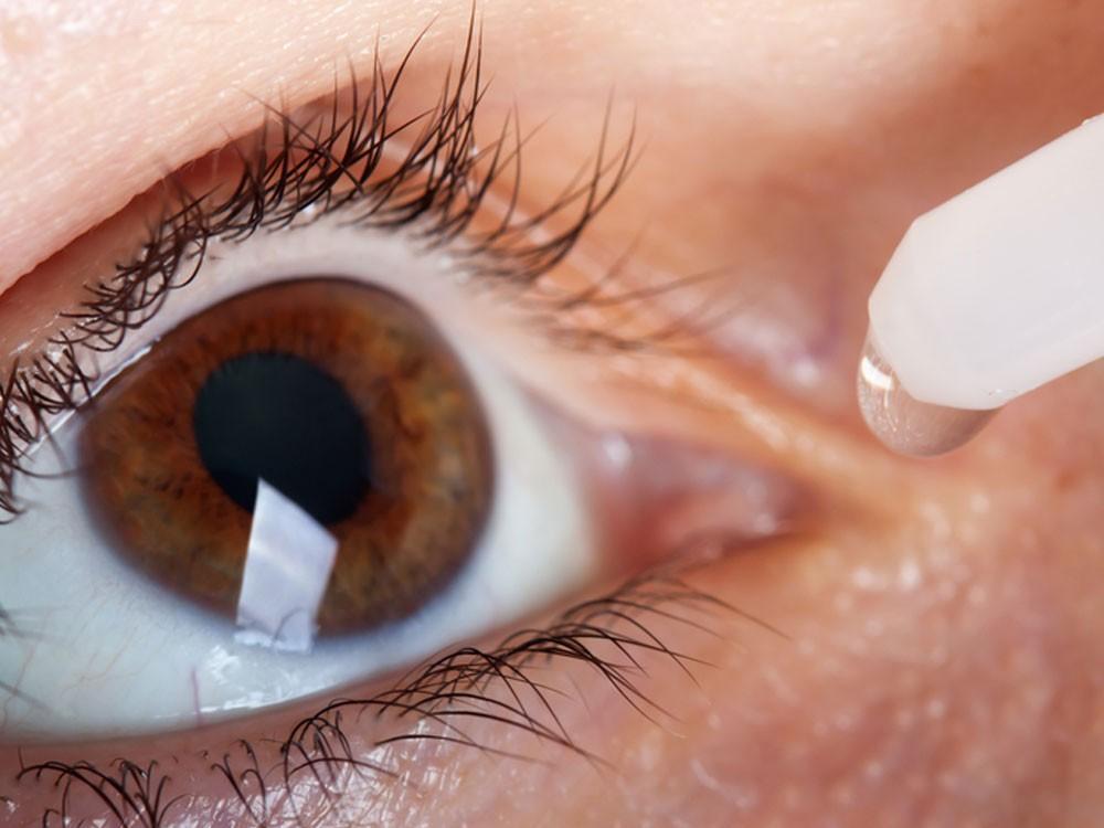 Применение капельных препаратов - дополнение к оптической коррекции