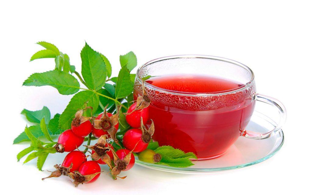 Чай из шиповника - приятный напиток зимой