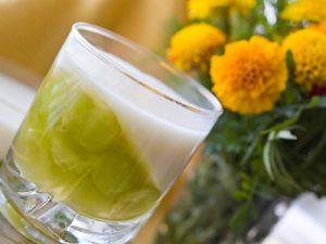 Виноград для укрепления здоровья: рецепт йогуртного желе и салата