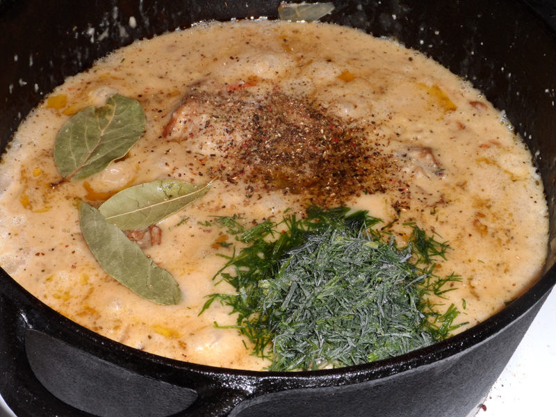 Как быстро приготовить тефтели из фарша с рисом с подливкой